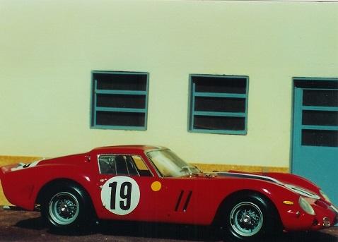 5a4c1c96be6e8_Ferrari_GTO_1962_19_003.jpg.5b2157cb49f2a39fd27b5dcd32122053.jpg