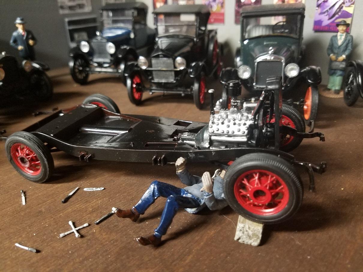 Ford V8 chassis.jpg