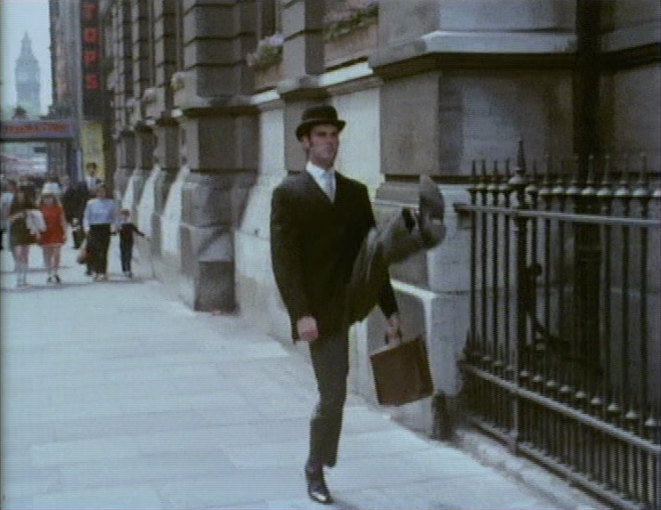 5a669751d9933_Monty_Python_The_Ministry_of_Silly_Walk.png.5c4a72d00b39cf94bf95f1709cddc608.png