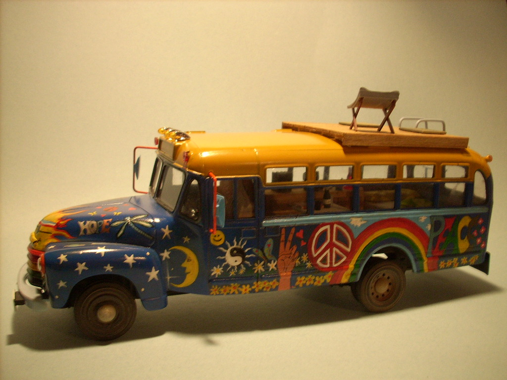 hippie bus 00013.jpg