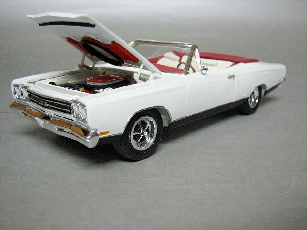 1969 Plymouth GTX model.jpg