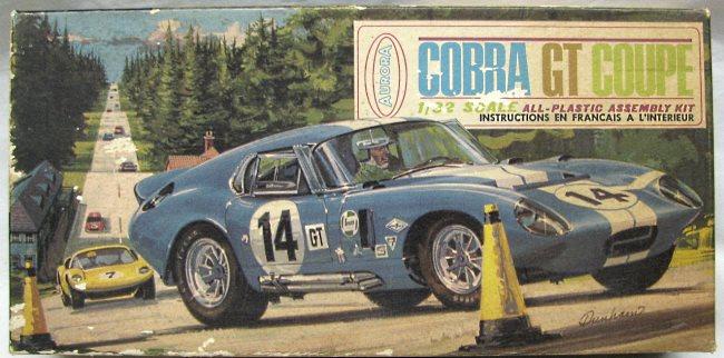 Aurora 669-100 CobraGTgd-.JPG