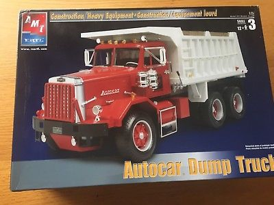 Amt-Ertl-1-25-Autocar-Dump-Truck-38141.jpg.04f8819f8051854f137d1c8d89569a76.jpg