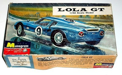 MODEL KIT- 1965 LOLA GT by Monogram. [02].jpg