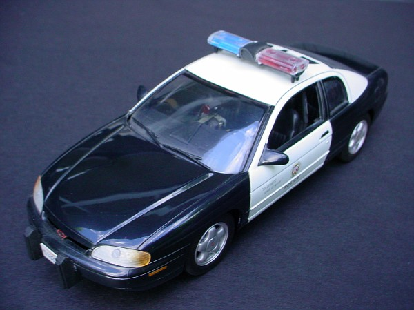MODEL- My '95 MONTE CARLO phantom LAPD [01].jpg