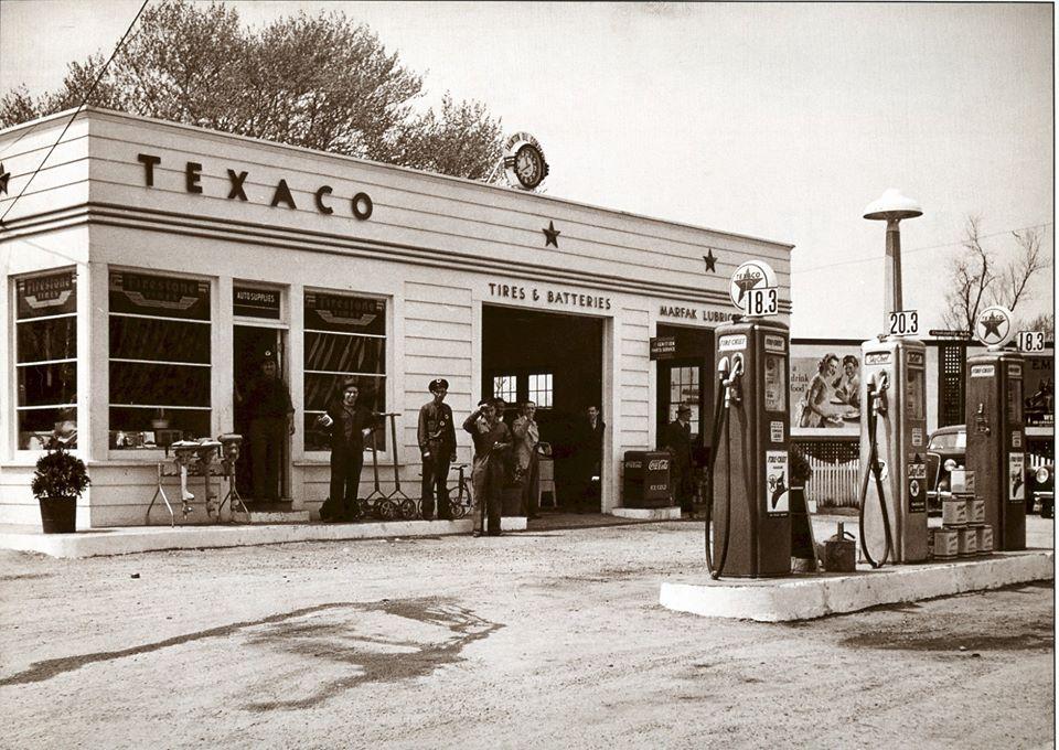 Texaco-Taunton, Mass.- 1940.jpg
