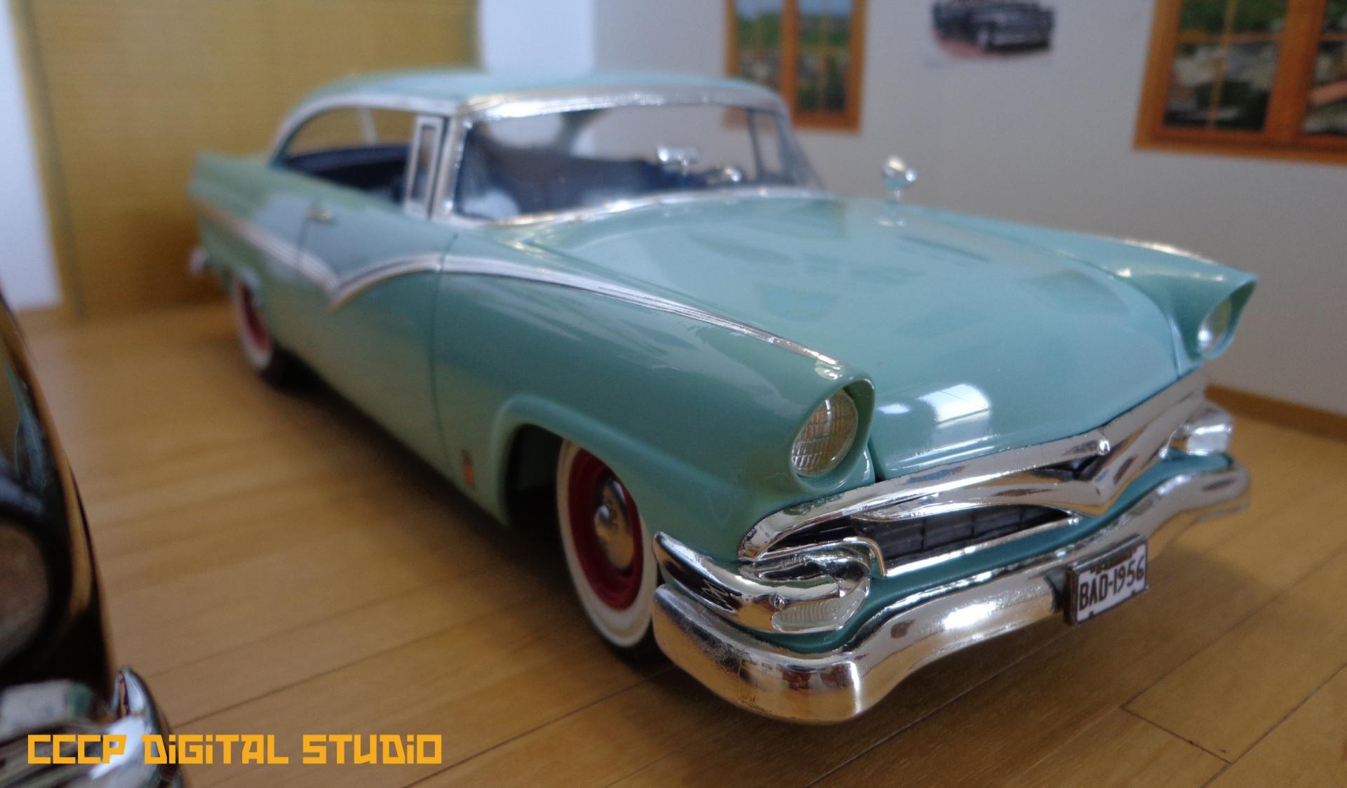 1956 Fords 010 copy.jpg