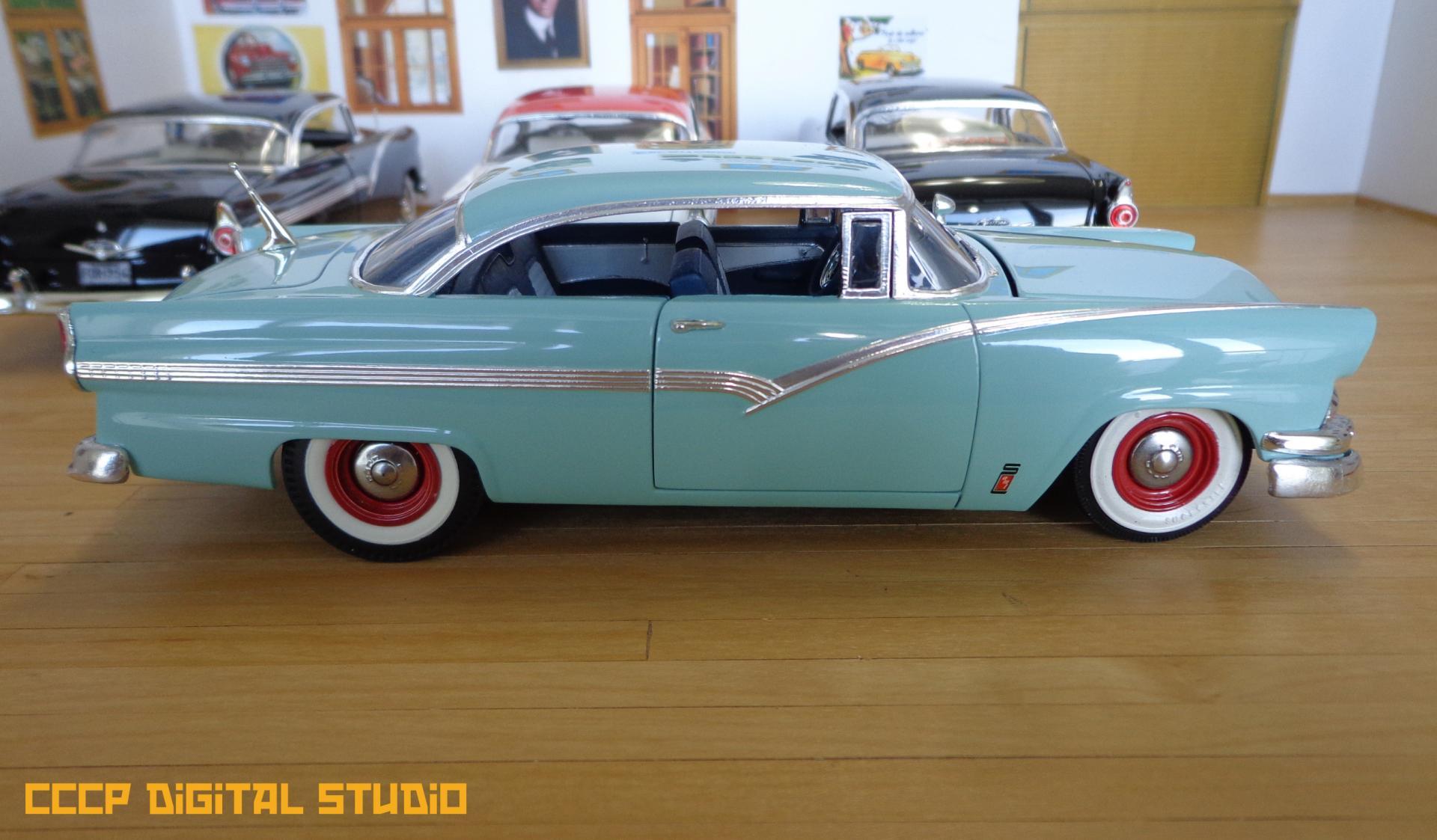 1956 Fords 027 copy.jpg