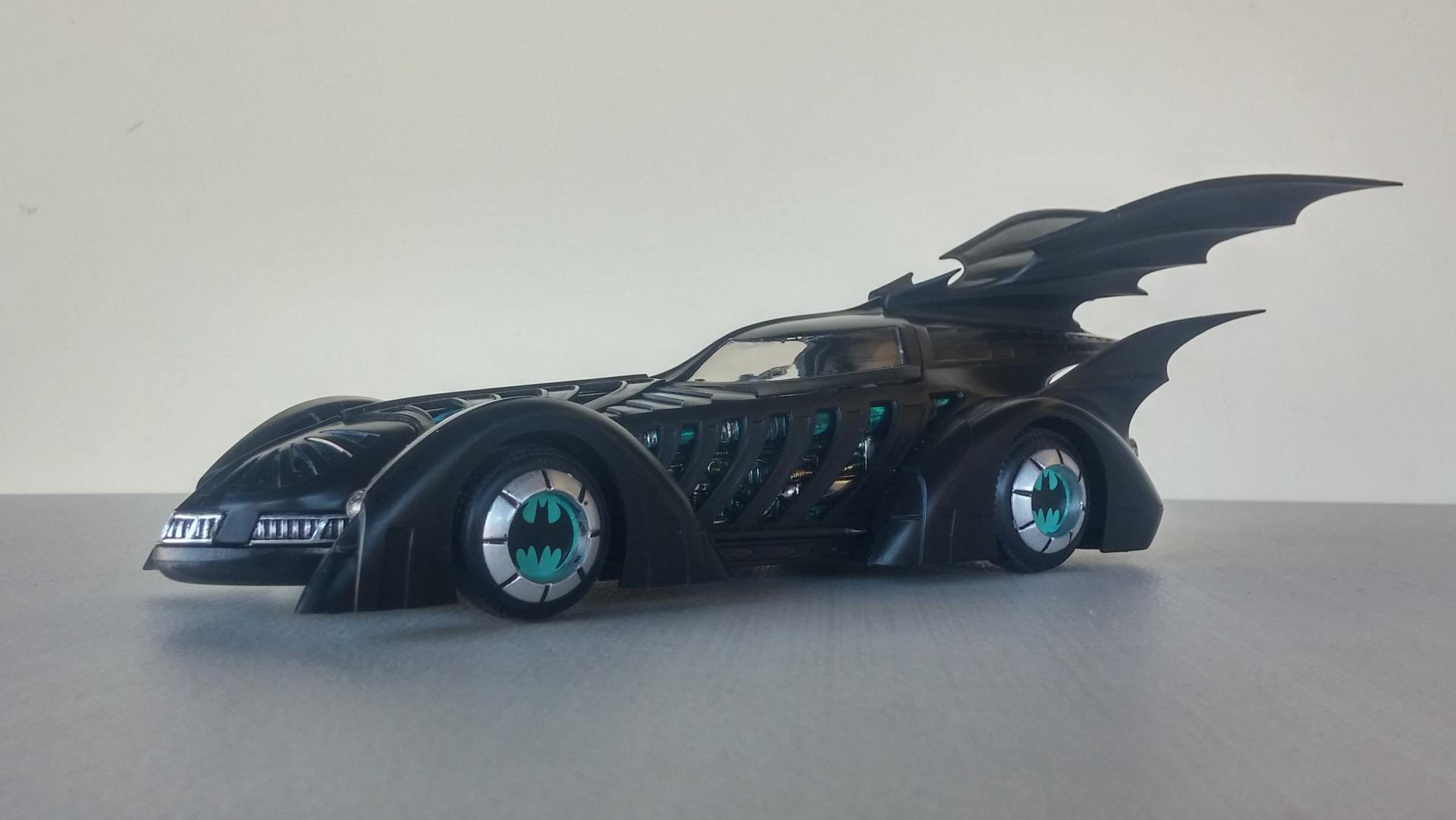 Batmobile_95_14.thumb.jpg.5c5aa48cdd264654731a06f7c3435d13.jpg