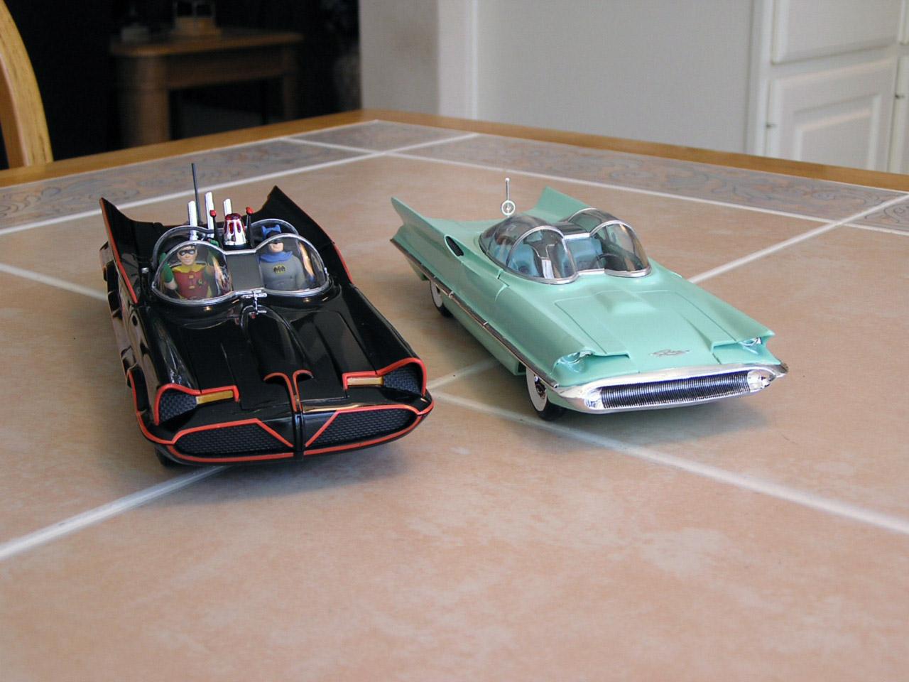 Batmobile-Futura-3.JPG