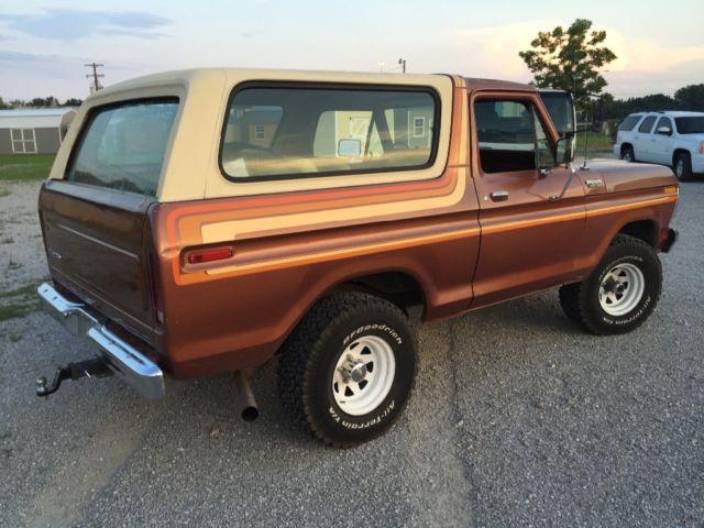 79-ford-bronco-vintage-minty-2.jpg.7b1eb4b6499aedd2ea6c733792491916.jpg