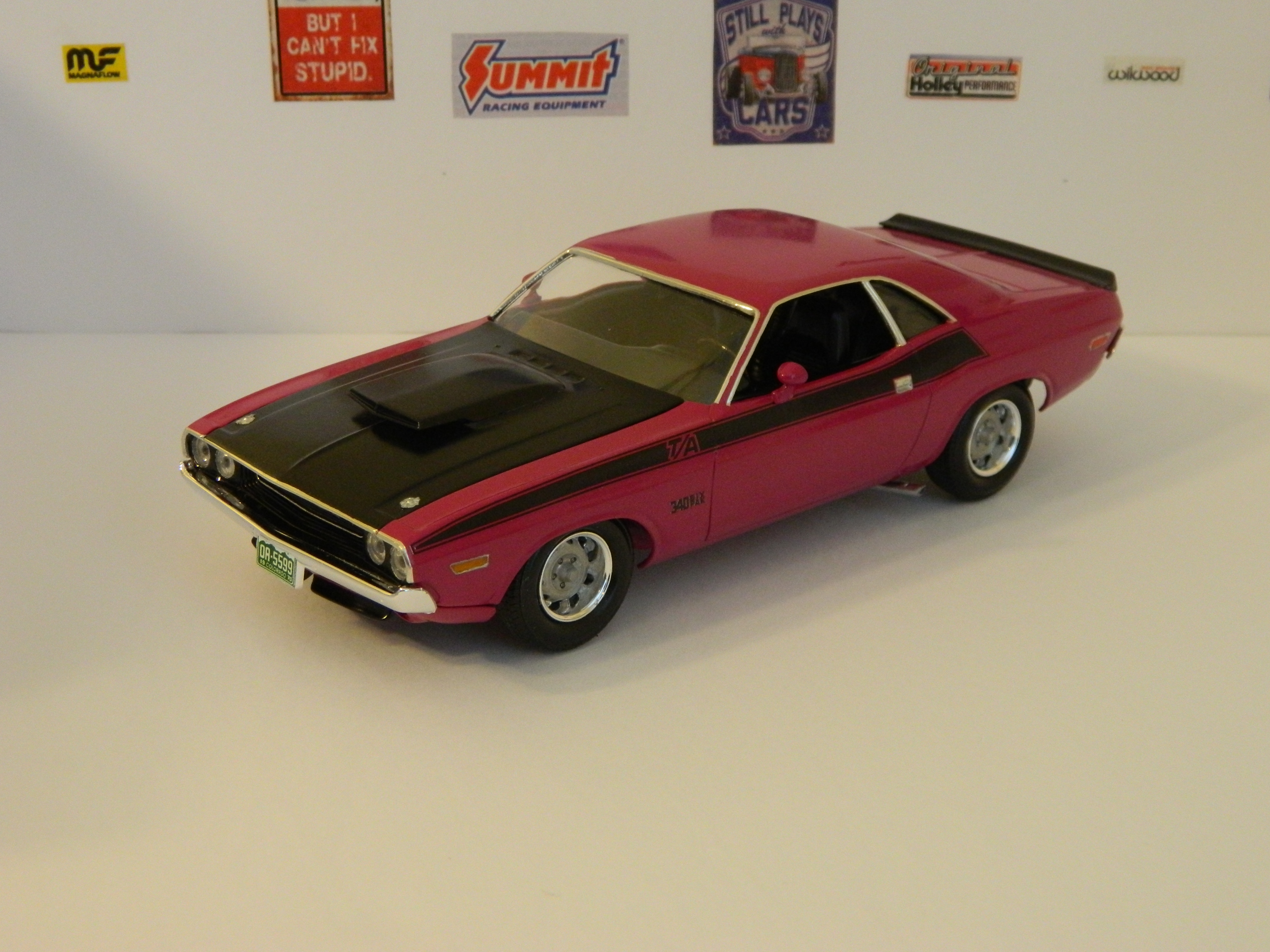 revell 1970 dodge challenger t a done under glass model cars rh modelcarsmag com