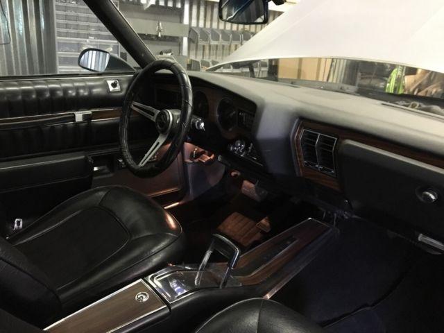 1976-buick-century-indy-pace-car-black interior 2.jpg