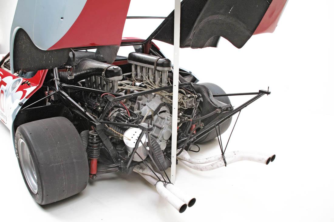Ferrari_512BBLM_26681_9476.jpg.b65282dbf7225427dd962504bf06099e.jpg