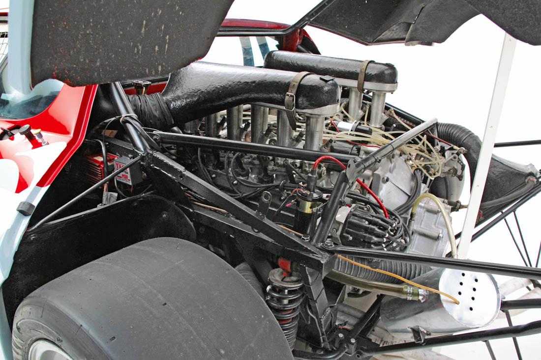 Ferrari_512BBLM_26681_9477.jpg.78c3e270ad39dc3681da48ce494e1bad.jpg