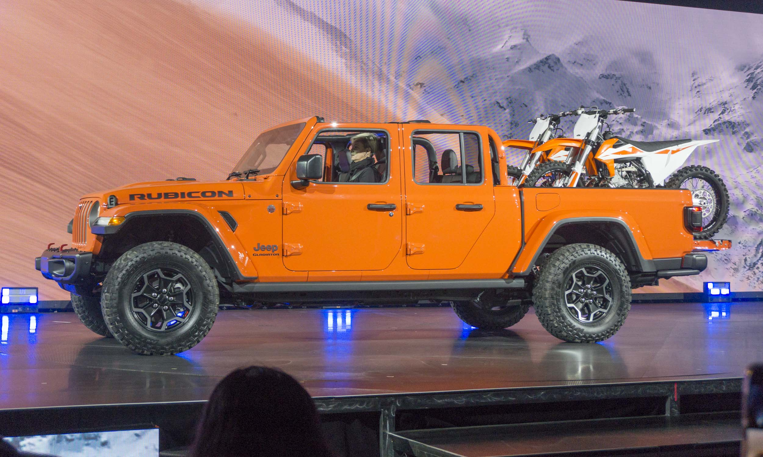 2020 Jeep Gladiator - The Off-Topic Lounge - Model Cars