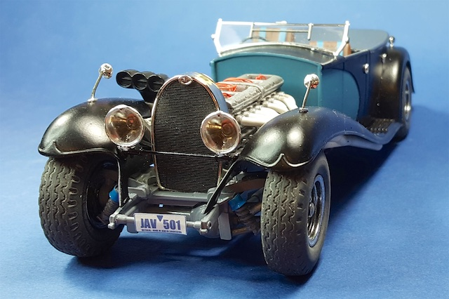 5c0269e7bff75_BugattiRoyale027.jpg.2bed3572142f82adc50e084cea89e182.jpg