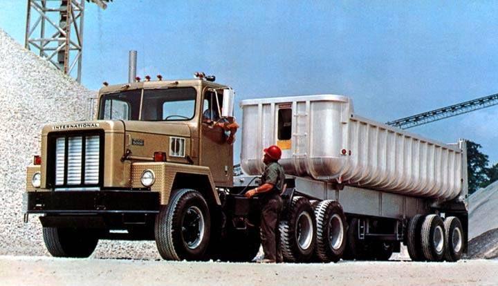 1 Paystar 5000 dump trailer.jpg
