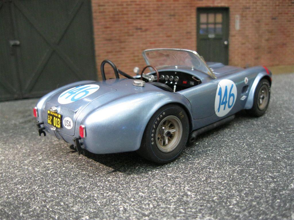 Cobra_FIA_2291.JPG.230b486f4f1a9162257b7df5ca4c59f4.JPG