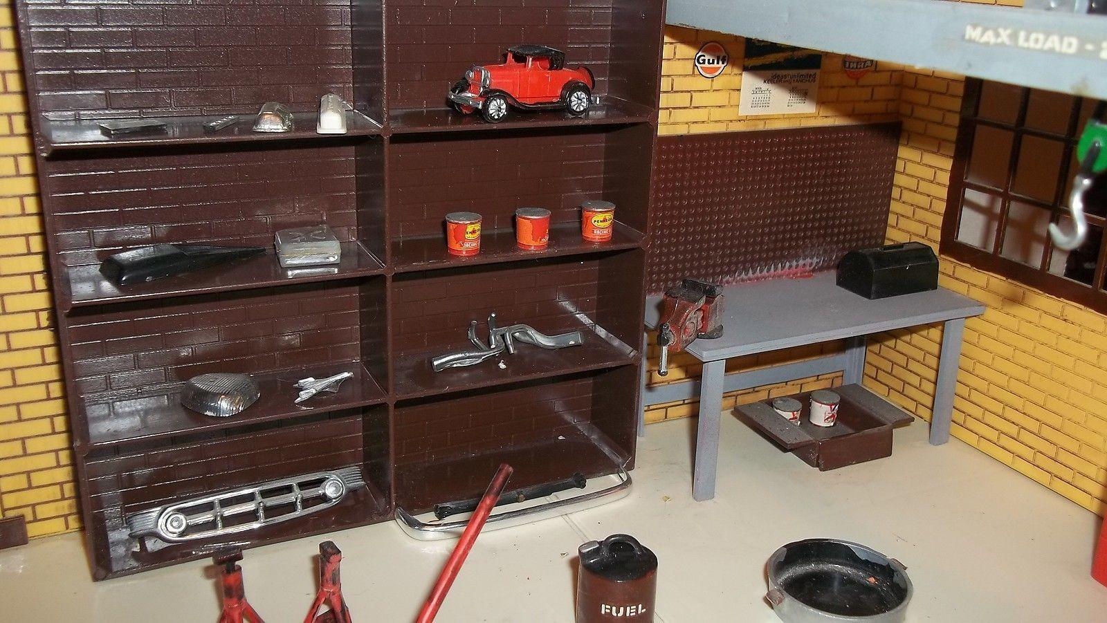 Aurora Hanks's Speed Shop 003.jpg