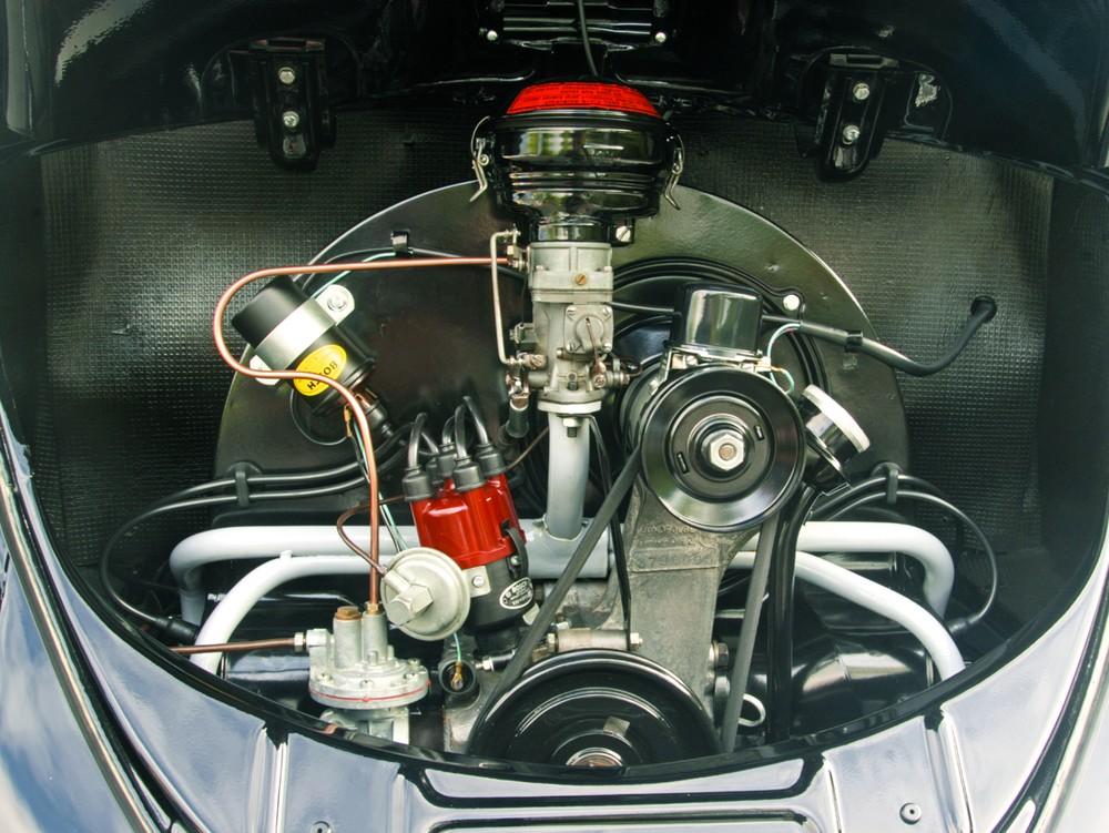 1960 Beetle engine.jpg