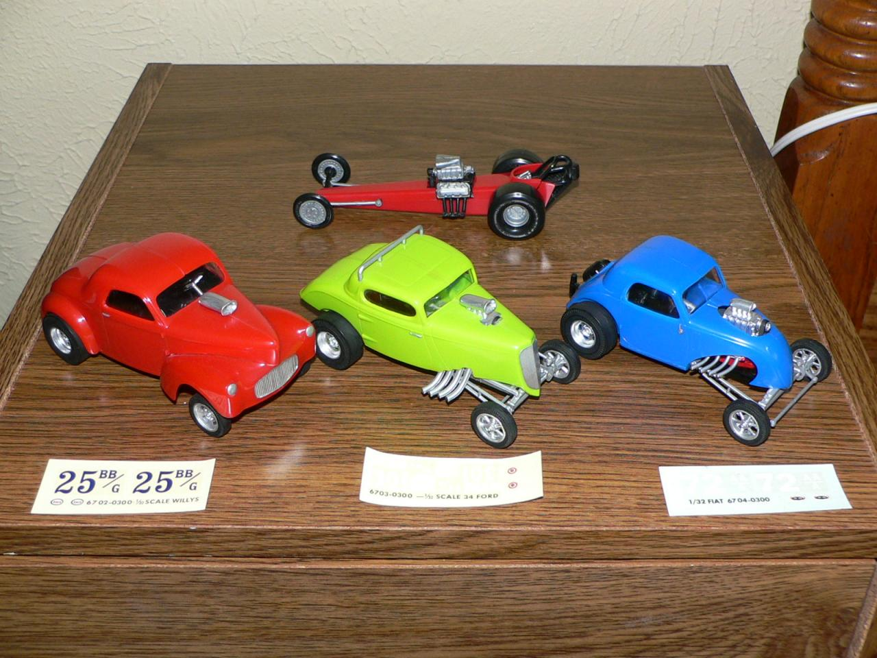 Monogram 1x32 Drag cars.jpg
