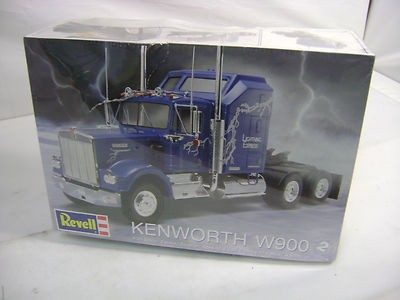 revell-kenworth-w900-25-scale-plastic_1_630fe29e4292a61dda40c7a77e896d73.jpg.016904018d43badefef9a11b3ec05dbe.jpg