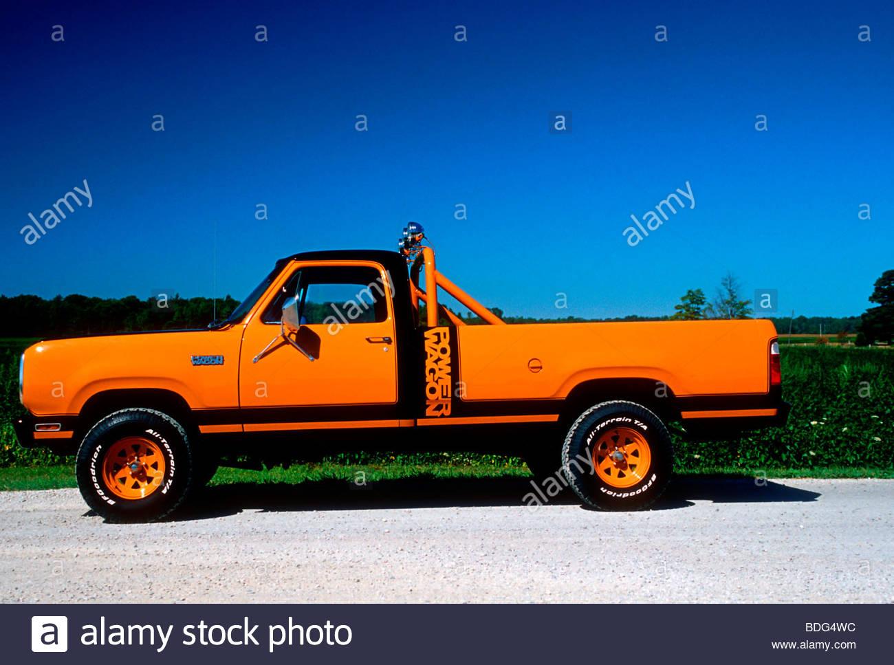1979-dodge-macho-power-wagon-BDG4WC.jpg