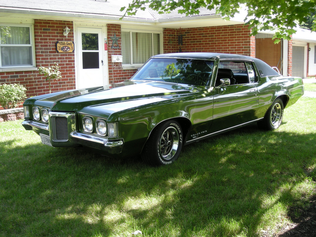 1969-pontiac-grand-prix-design.jpg