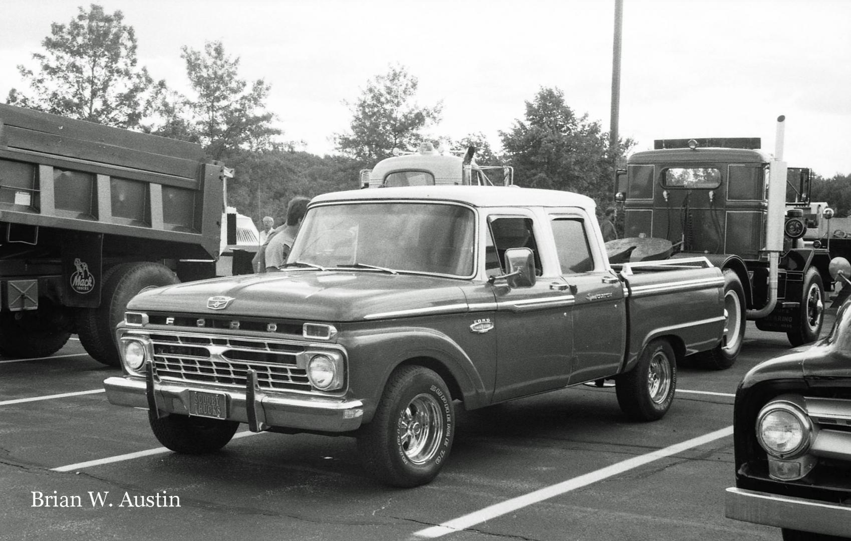 Marlborough, MA (1988)  ATHS Truck Meet  img509 copy.jpg