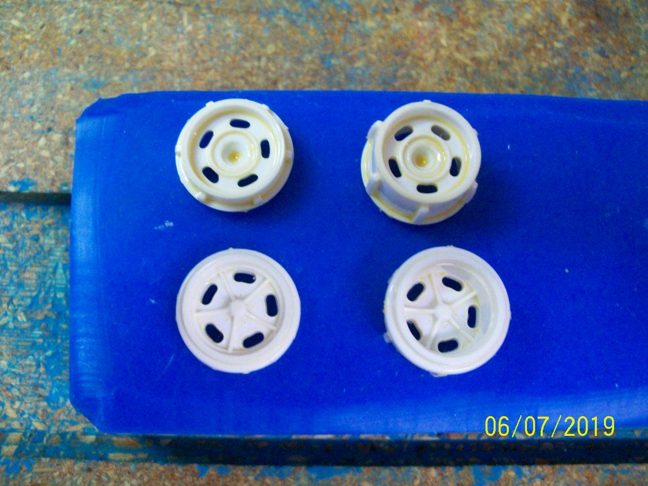 Rat Roaster wheel 1.JPG