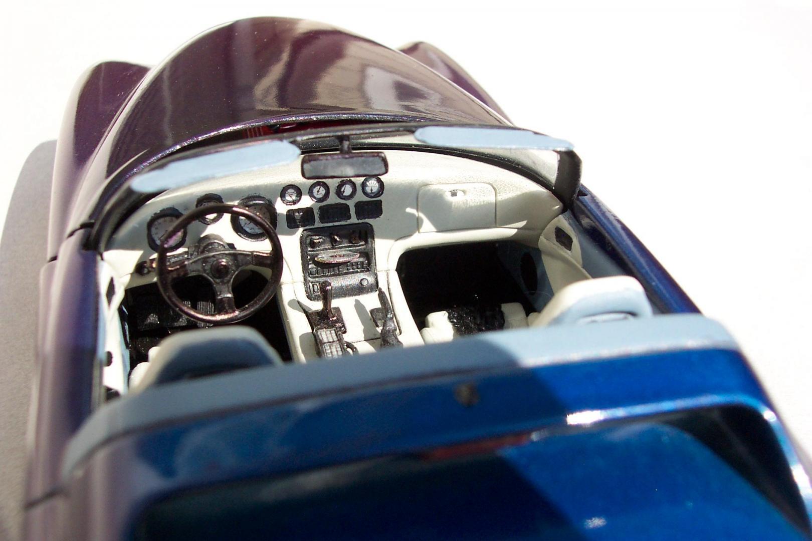 MV-10 Interior.jpg