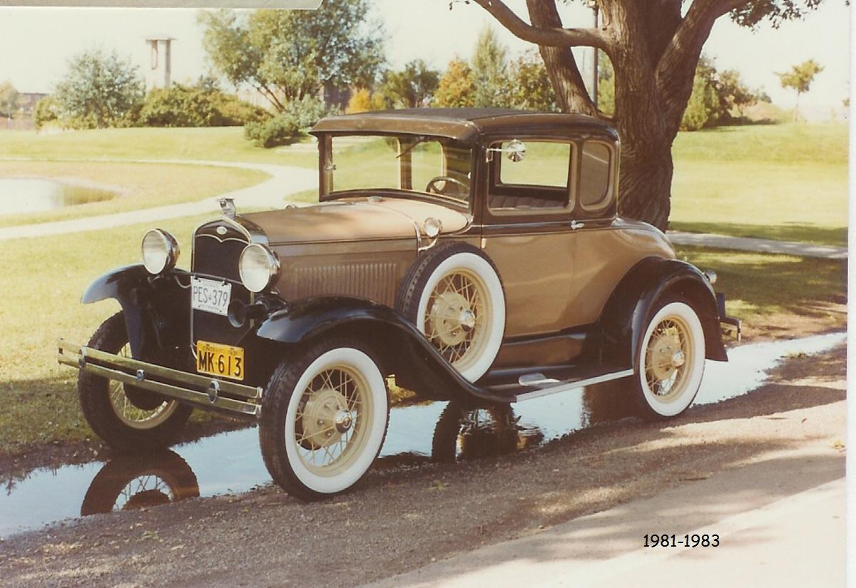 1931 Ford Model A 5-Window coupe (81-83).jpg