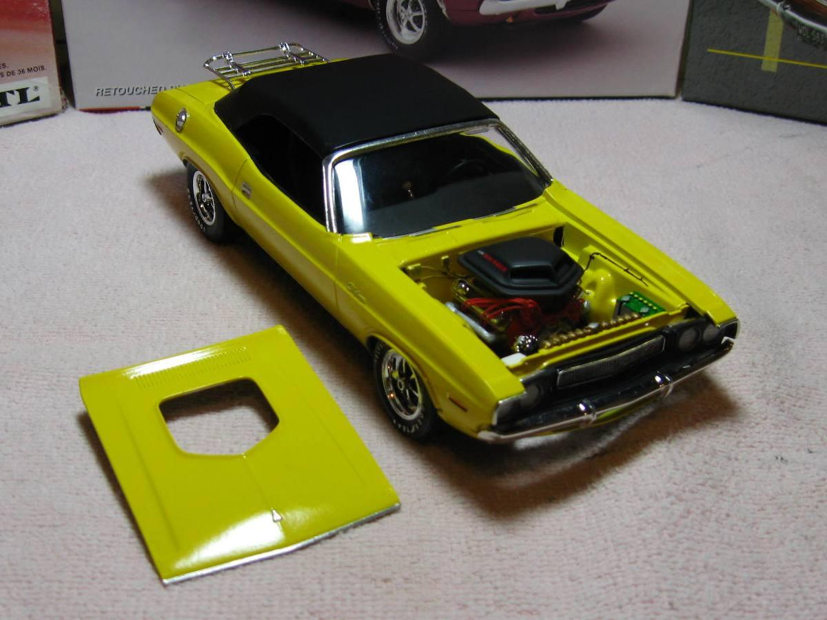 Yellow 70 Challenger convert engine.JPG