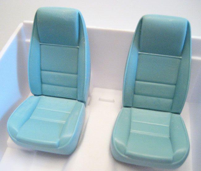 seats1.jpg.b5a17664d3f9a58a2681cccc6952892e.jpg
