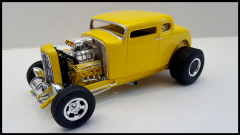 32' Ford 5-Window Coupe