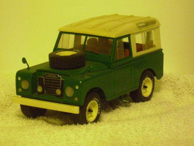 England's land Rover f.JPG