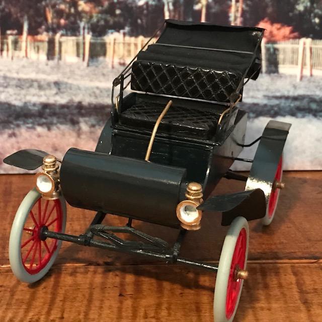 1904 Oldsmobile1.jpg