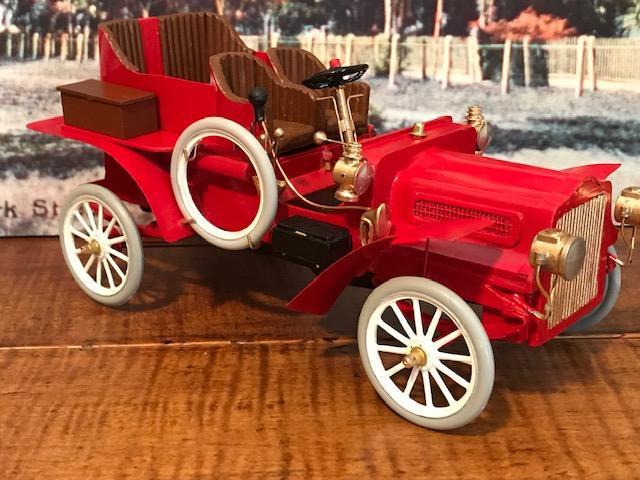 1905 White Model F Touring1.jpg