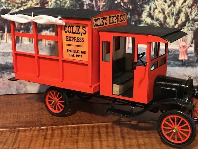 1917 Ford Model T Express1.jpg