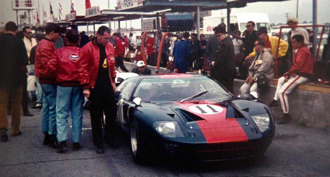 63220294_Ford_GT40MKI_P1049_1967_11_Daytona_Ickx-Thompson_6305.jpg.7ba754c361eeaa0a62dc07fd24964c98.jpg