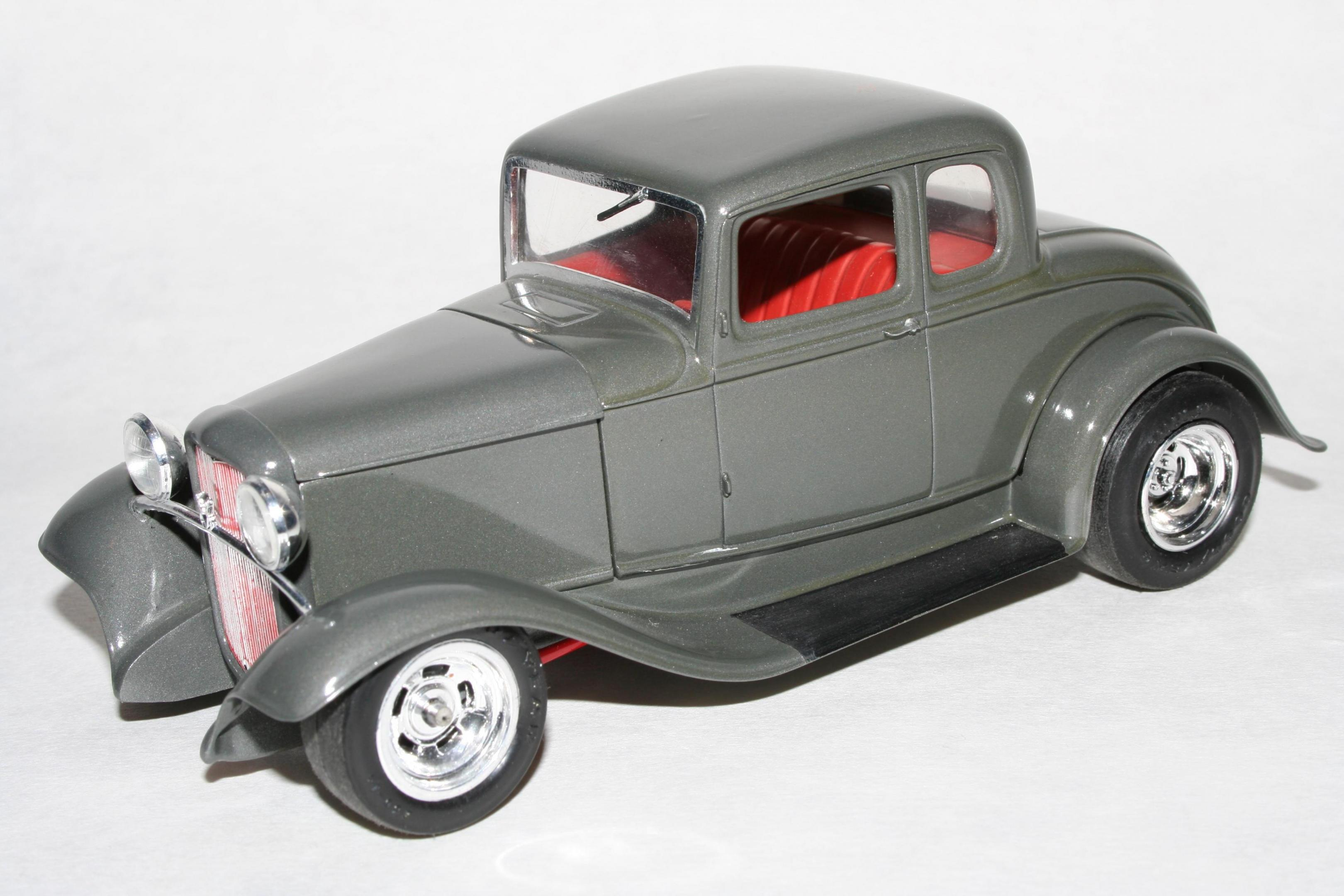 32 Coupe.jpg