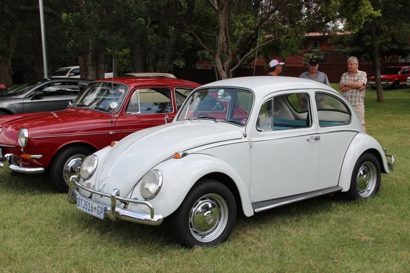 Volkswagen 1300 02.jpg