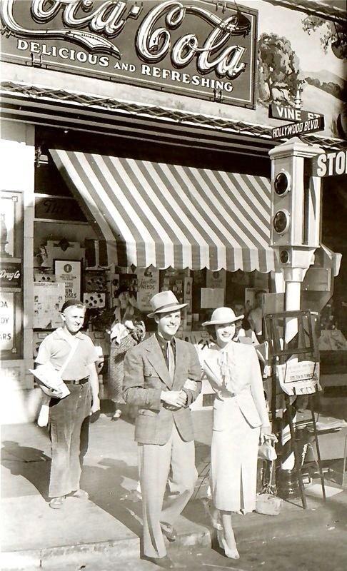 robert-cummings-hollywood-boulevard-movie-1936.jpg