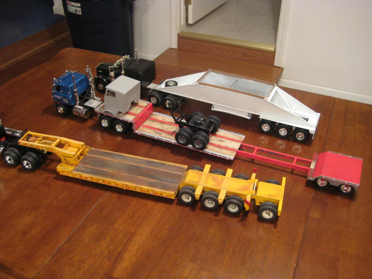 1 25 Model Trucks And Three Scratch Built Trailers On
